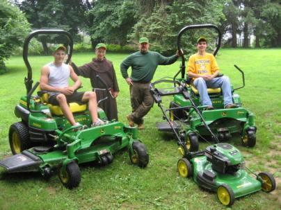 Lawn Crew 003